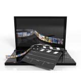Geöffener Laptop mit Filmstreifen